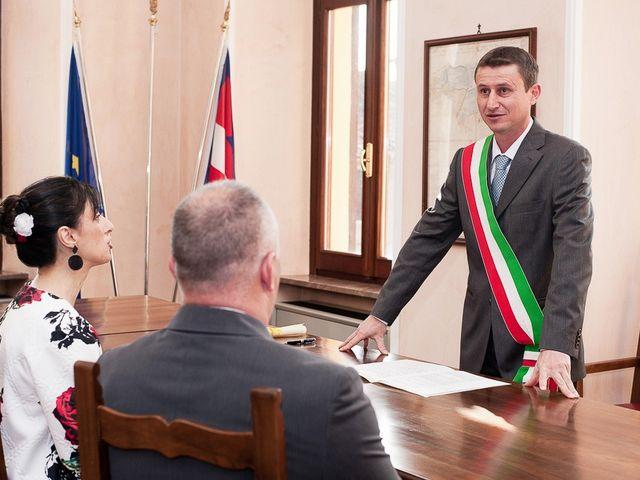 Il matrimonio di Mauro e Monica a Salussola, Biella 17