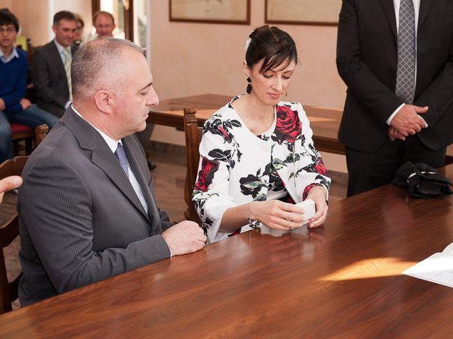 Il matrimonio di Mauro e Monica a Salussola, Biella 27
