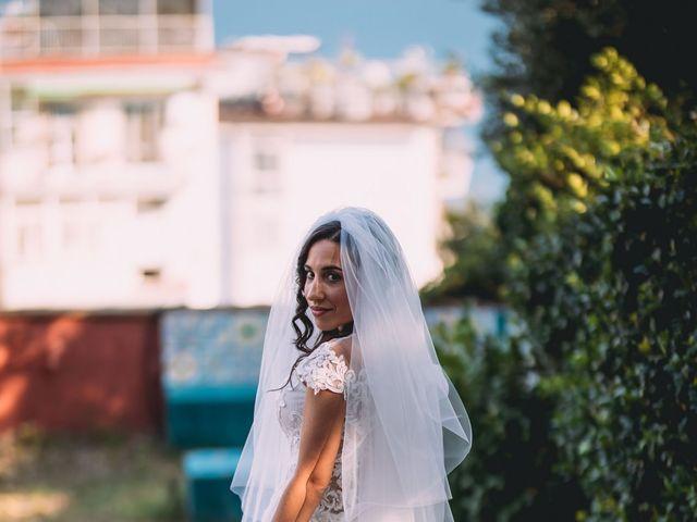 Il matrimonio di Alberto e Laura a Napoli, Napoli 22