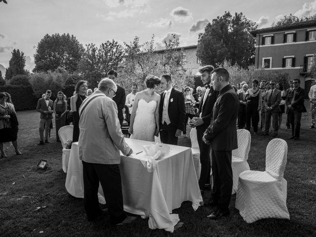 Il matrimonio di Davide e Silvia a Castelnuovo di Garfagnana, Lucca 27