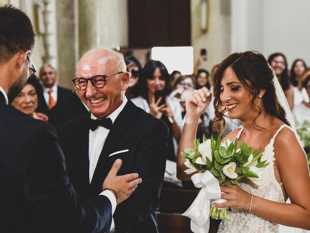 Il matrimonio di Leonardo e Claudia a Trani, Bari 25