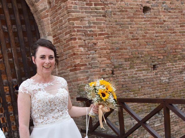 Il matrimonio di Laura e Manuel a Castell'Arquato, Piacenza 13