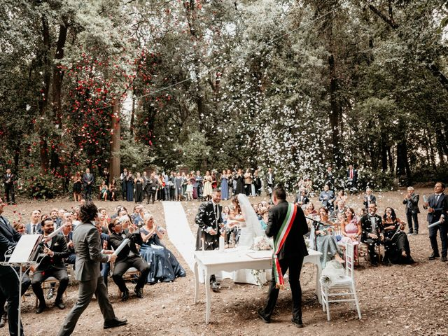 Il matrimonio di Jonathan e Vittoriana a San Benedetto del Tronto, Ascoli Piceno 32