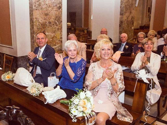 Il matrimonio di Davide e Laura a Meda, Monza e Brianza 22