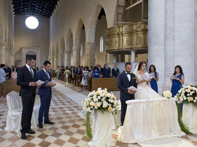 Il matrimonio di Alessandro e Elena a L'Aquila, L'Aquila 17