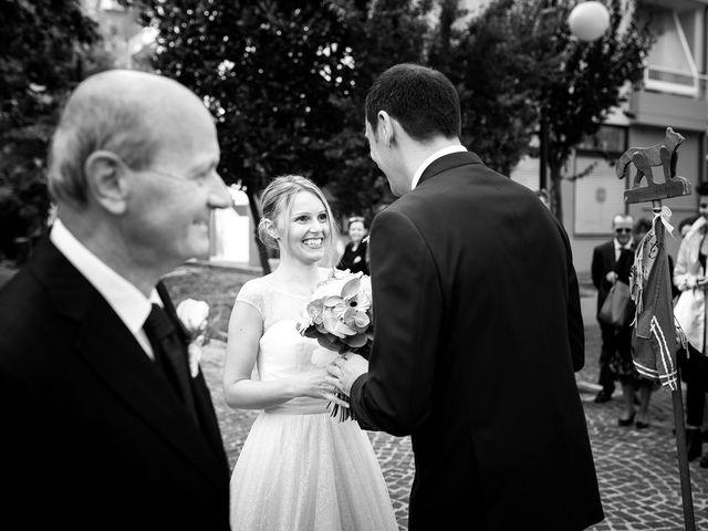 Il matrimonio di Fabio e Lucia a Fano, Pesaro - Urbino 16