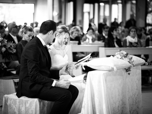 Il matrimonio di Fabio e Lucia a Fano, Pesaro - Urbino 17