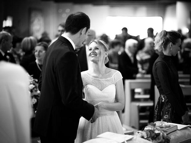 Il matrimonio di Fabio e Lucia a Fano, Pesaro - Urbino 20