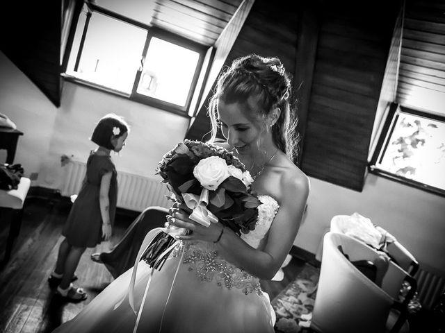 Il matrimonio di Larry e Giulia a Besozzo, Varese 10