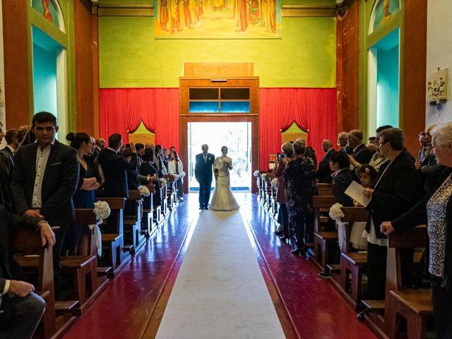 Il matrimonio di Fabio e Ilaria a Laveno-Mombello, Varese 20