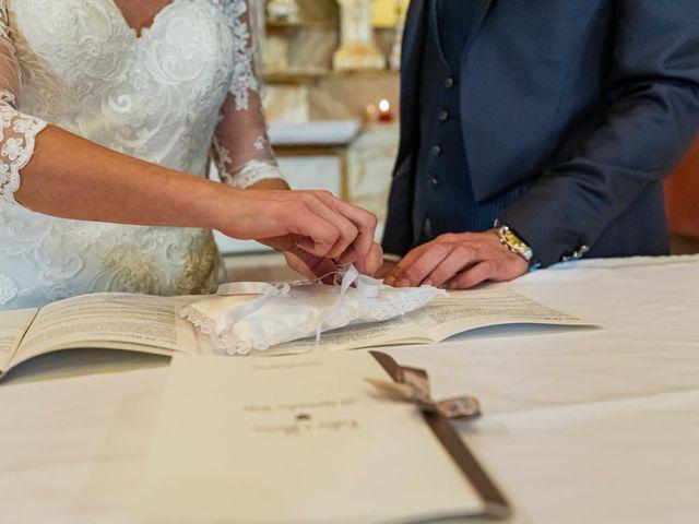 Il matrimonio di Fabio e Ilaria a Laveno-Mombello, Varese 22
