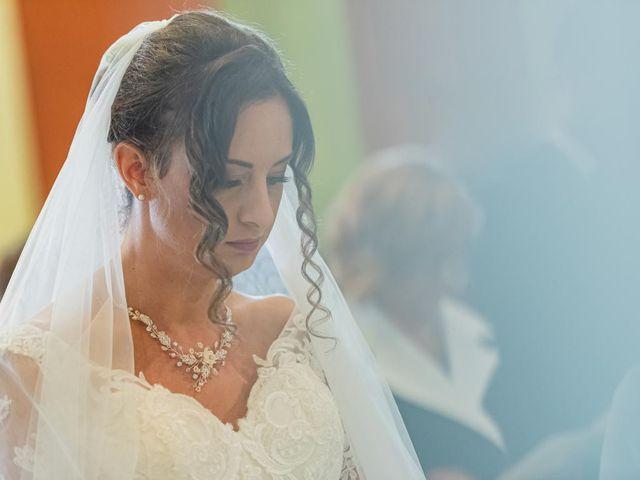 Il matrimonio di Fabio e Ilaria a Laveno-Mombello, Varese 23