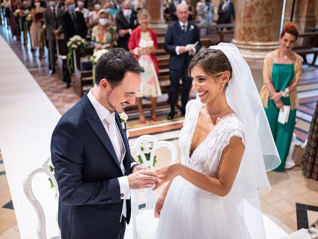 Il matrimonio di Roland e Marielisa a Mapello, Bergamo 23