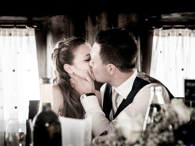 Il matrimonio di Luca e Federica a Cislago, Varese 19