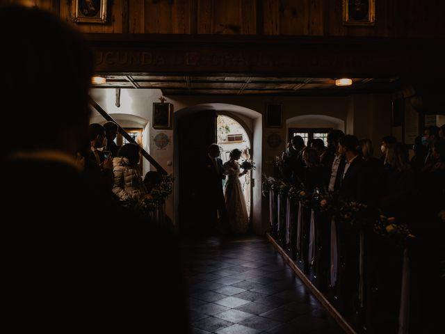 Il matrimonio di Carmen e Ferdinand a Selva di Val Gardena-Wolkenstein in, Bolzano 38