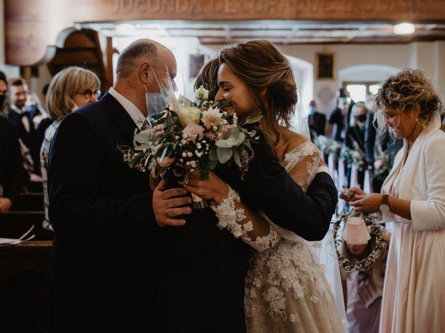 Il matrimonio di Carmen e Ferdinand a Selva di Val Gardena-Wolkenstein in, Bolzano 39