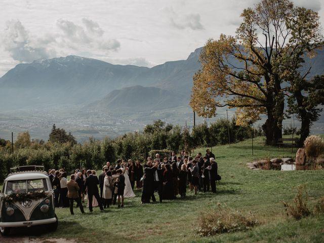Il matrimonio di Carmen e Ferdinand a Selva di Val Gardena-Wolkenstein in, Bolzano 56