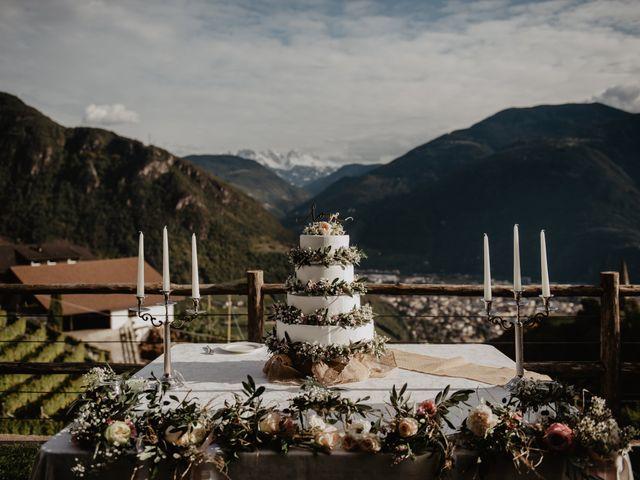 Il matrimonio di Carmen e Ferdinand a Selva di Val Gardena-Wolkenstein in, Bolzano 76