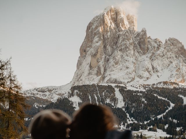 Il matrimonio di Carmen e Ferdinand a Selva di Val Gardena-Wolkenstein in, Bolzano 115