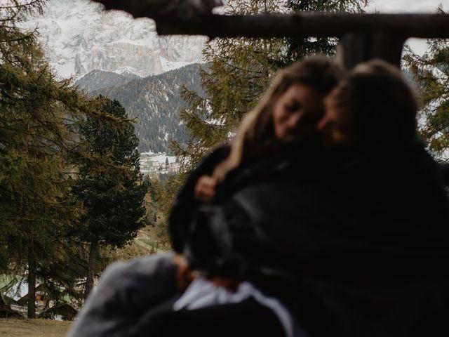 Il matrimonio di Carmen e Ferdinand a Selva di Val Gardena-Wolkenstein in, Bolzano 118