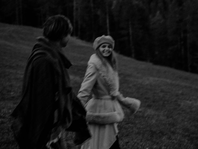 Il matrimonio di Carmen e Ferdinand a Selva di Val Gardena-Wolkenstein in, Bolzano 124