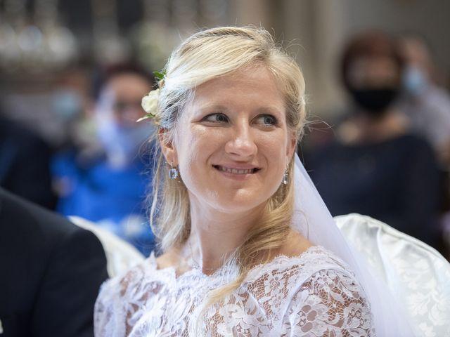Il matrimonio di Marco e Erica a Credera Rubbiano, Cremona 15