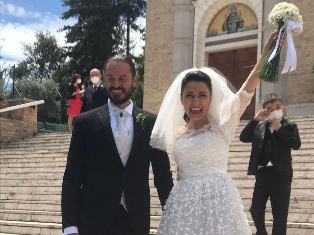 Il matrimonio di Nicolas e Serena a Silvi, Teramo 8
