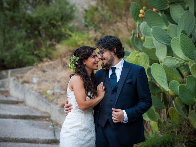 Il matrimonio di Laura e Salvatore a Roccella Ionica, Reggio Calabria 13