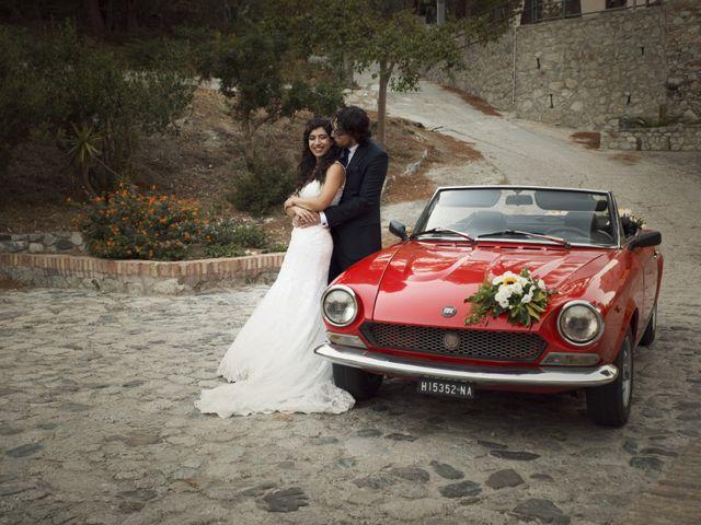 Il matrimonio di Laura e Salvatore a Roccella Ionica, Reggio Calabria 15
