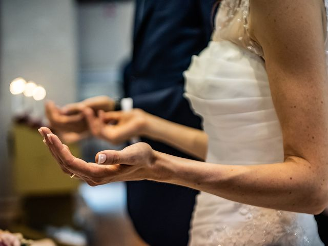 Il matrimonio di Simone e Laura a Inverigo, Como 27
