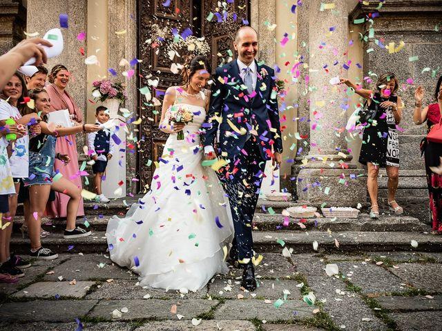 Il matrimonio di Simone e Laura a Inverigo, Como 28