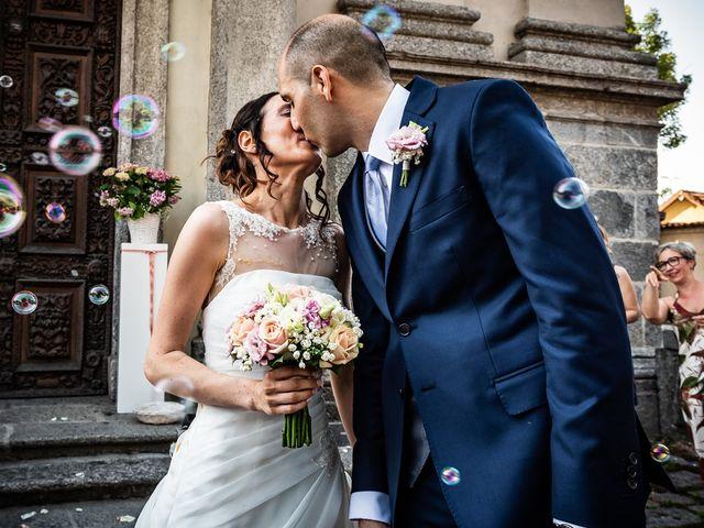 Il matrimonio di Simone e Laura a Inverigo, Como 29