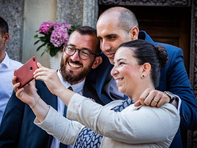 Il matrimonio di Simone e Laura a Inverigo, Como 30