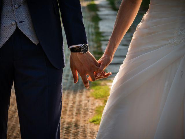 Il matrimonio di Simone e Laura a Inverigo, Como 40
