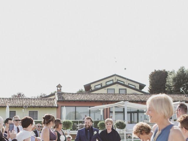 Il matrimonio di Cristian  e Sara a Salvirola, Cremona 15
