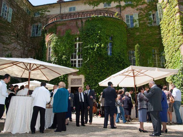 Il matrimonio di Roberto e Moena a Castelnuovo Don Bosco, Asti 11