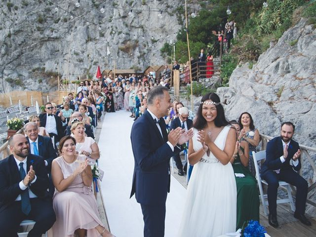 Il matrimonio di Mariangela e Giuseppe a Vietri sul Mare, Salerno 6