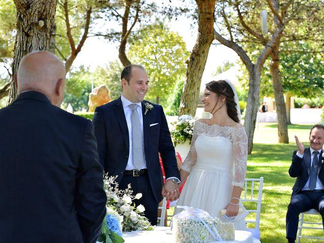 Il matrimonio di Luca e Jenny a Bari, Bari 15