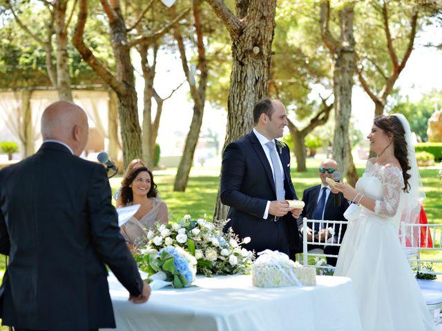 Il matrimonio di Luca e Jenny a Bari, Bari 16