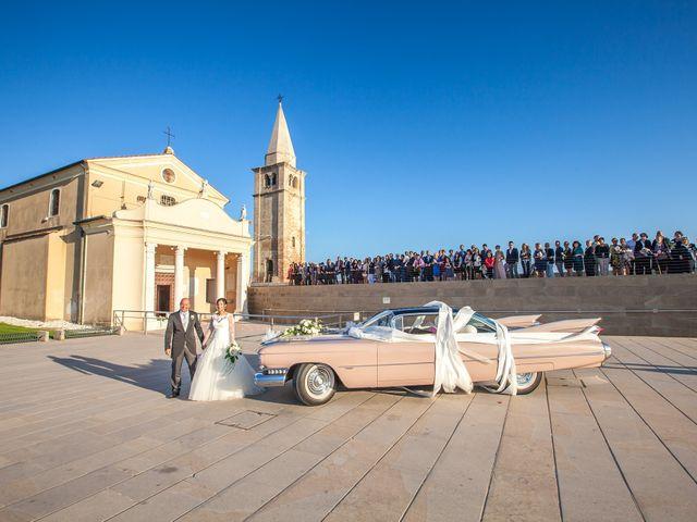 Il matrimonio di Sebastiano e Giulia a Caorle, Venezia 16