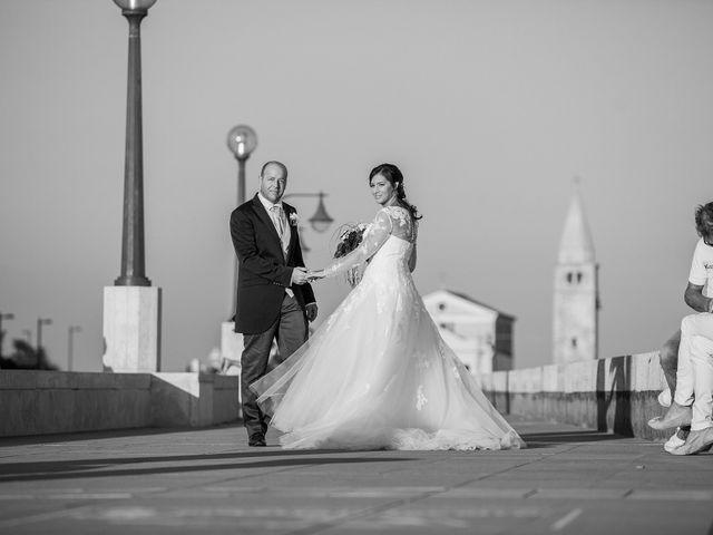 Il matrimonio di Sebastiano e Giulia a Caorle, Venezia 25