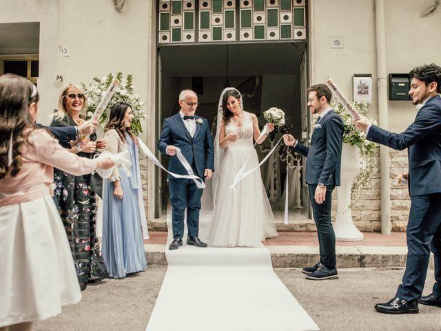 Il matrimonio di Vito e Giovanna a Gravina in Puglia, Bari 17