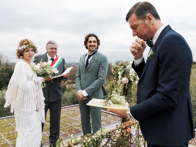 Il matrimonio di Mattia e Alessandra a Montesilvano, Pescara 32
