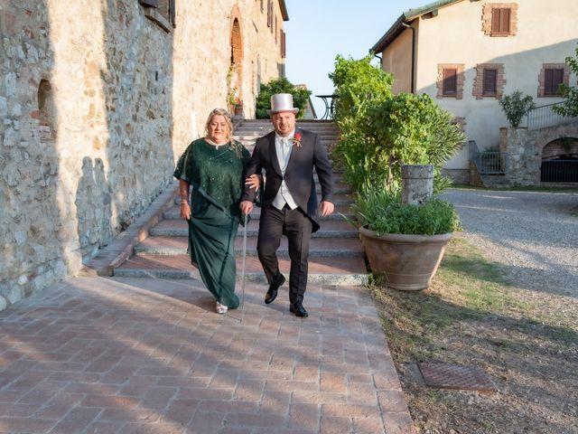 Il matrimonio di Andrea e Irene a Monticiano, Siena 2
