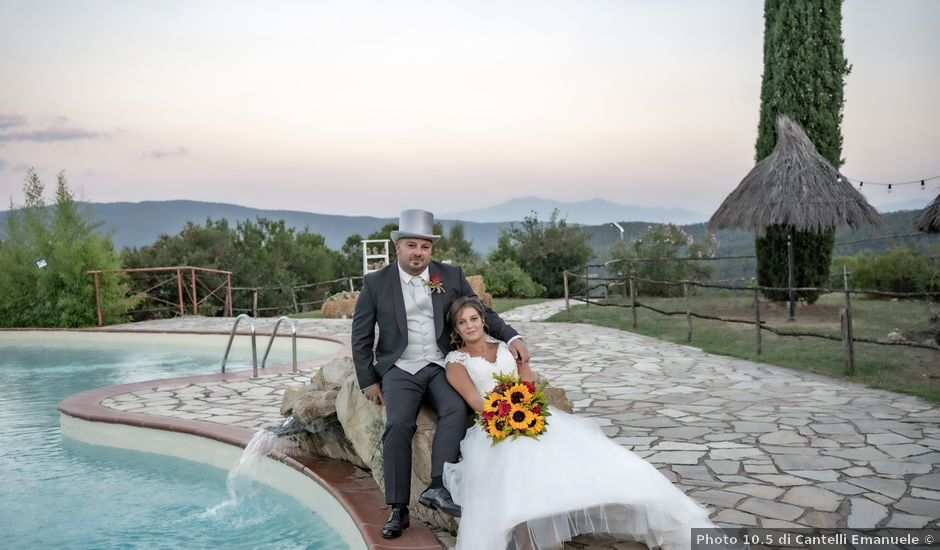 Il matrimonio di Andrea e Irene a Monticiano, Siena