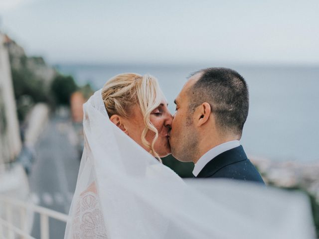 Il matrimonio di Mirko e Fabiana a Ventimiglia, Imperia 32