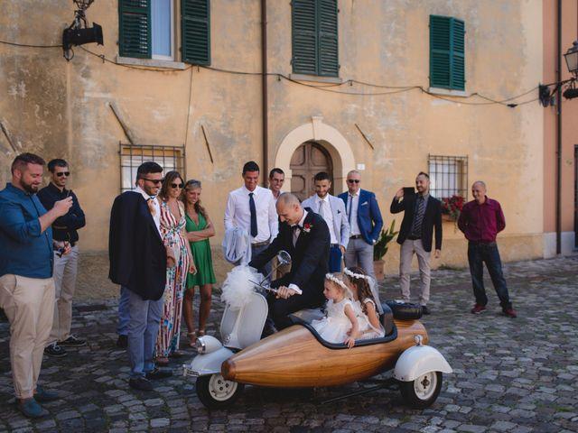 Il matrimonio di Fabio e Elena a San Clemente, Rimini 14