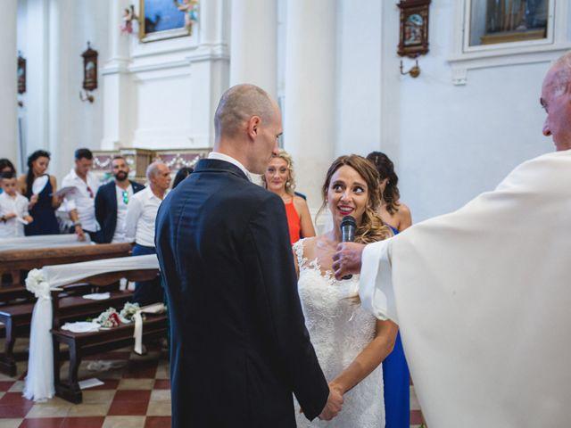 Il matrimonio di Fabio e Elena a San Clemente, Rimini 19