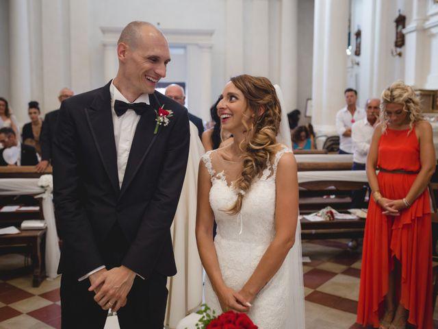 Il matrimonio di Fabio e Elena a San Clemente, Rimini 21