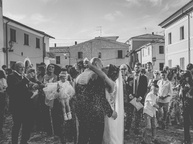 Il matrimonio di Fabio e Elena a San Clemente, Rimini 24